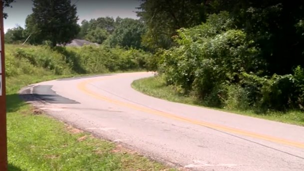 5-year-old, 2-year-old crash mom's car on way to visit grandfather