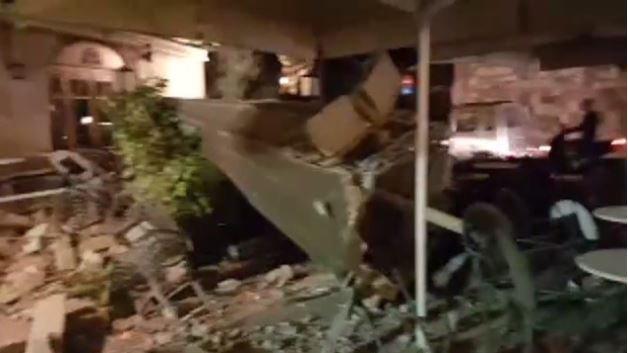 Earthquake off Greek and Turkish coasts kills twotourists