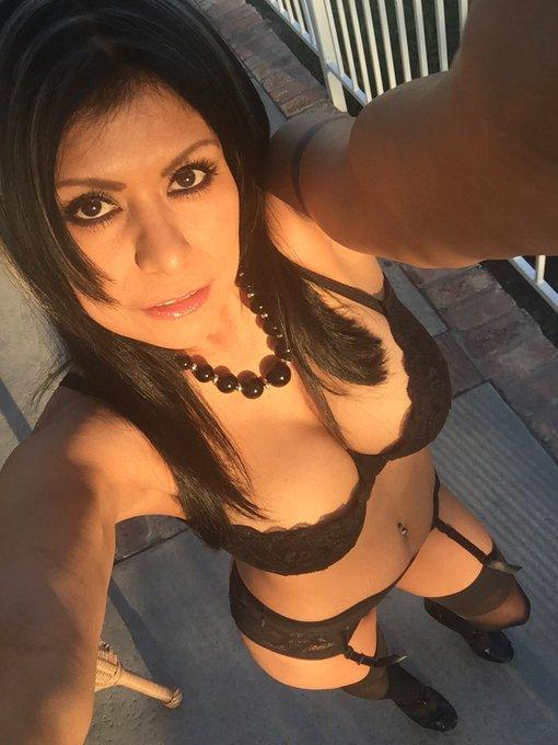 This is me on my INSTAGRAM 🍒 Sígueme en Instagram   IG ~> https://t.co/D7XdqDULfW         #Cougar https://t