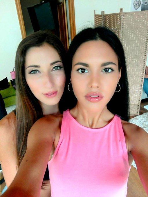 2 pic. ojos negros y ojos verdes....combinación perfecta...@CleaGaultier  😍😍😍 maquilladas por mi amor