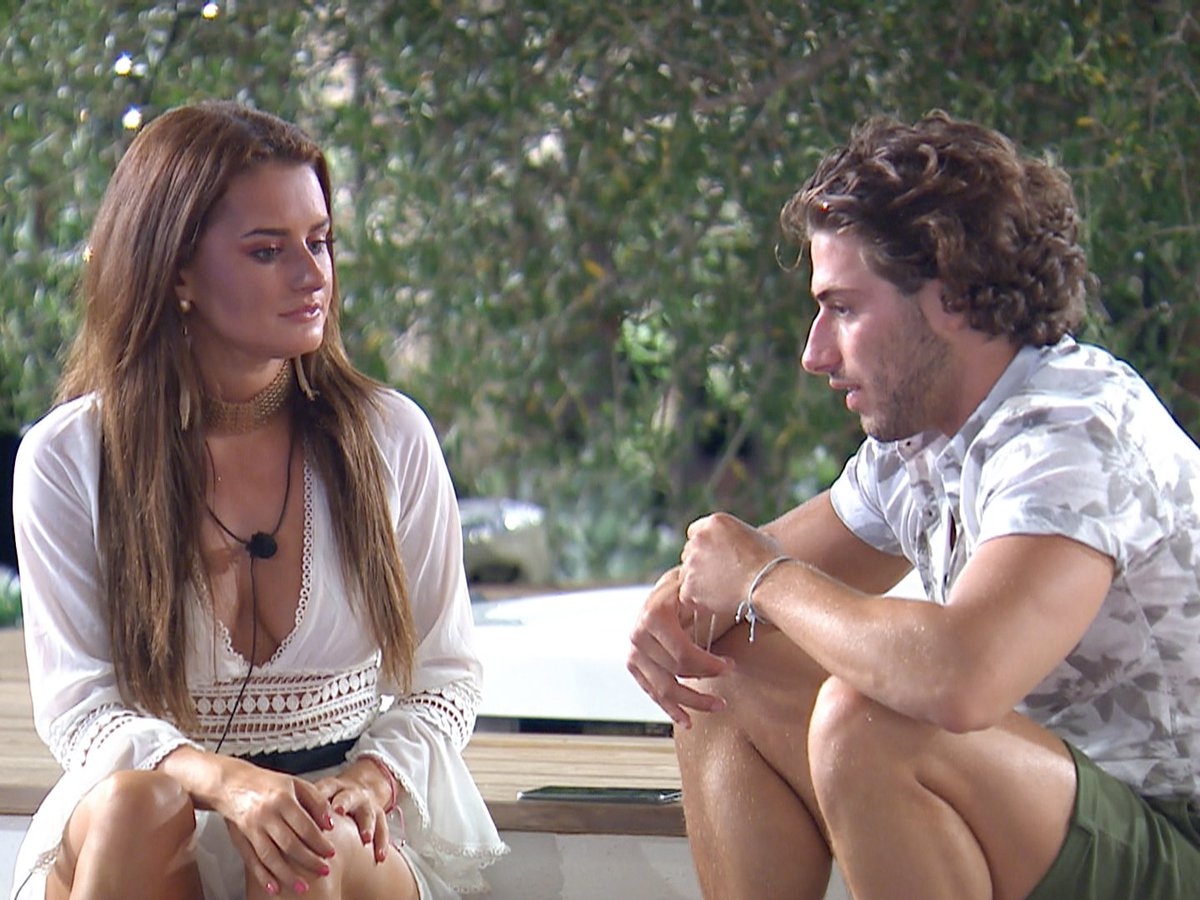 Contestants Vote To Dump One Couple In Shock Love Island Twist Tonight