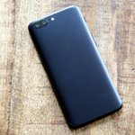 OnePlus 5 Has a Serious List of Problems and a Borrowed Design Ain't One