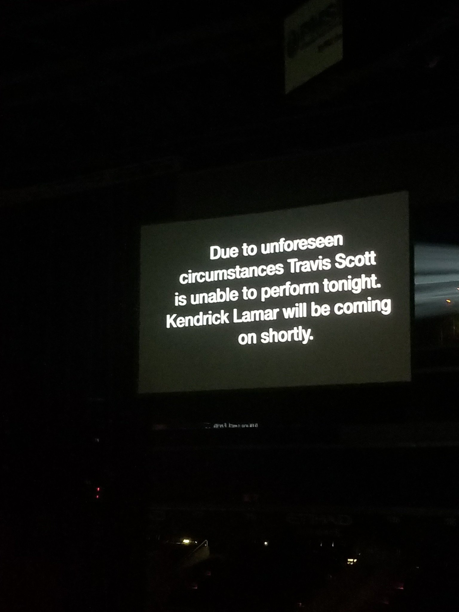 Thank goodness I wasn't pressed to see Travis Scott #damntour https://t.co/e8Z7LQsx9K