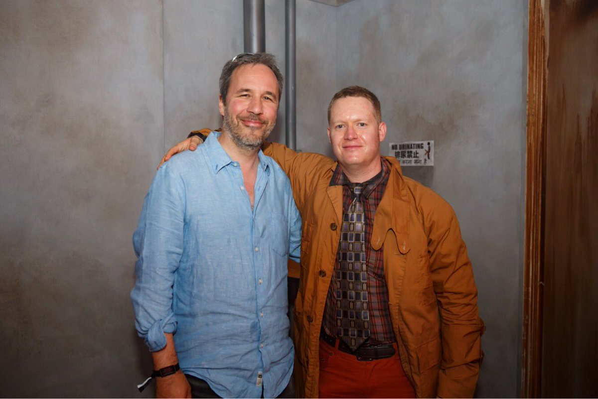 Director Denis Villeneuve spots a fan dressed as Rick Deckard at #SDCC2017. #WelcomeTo2049 #BladeRunner2049 #SDCC
