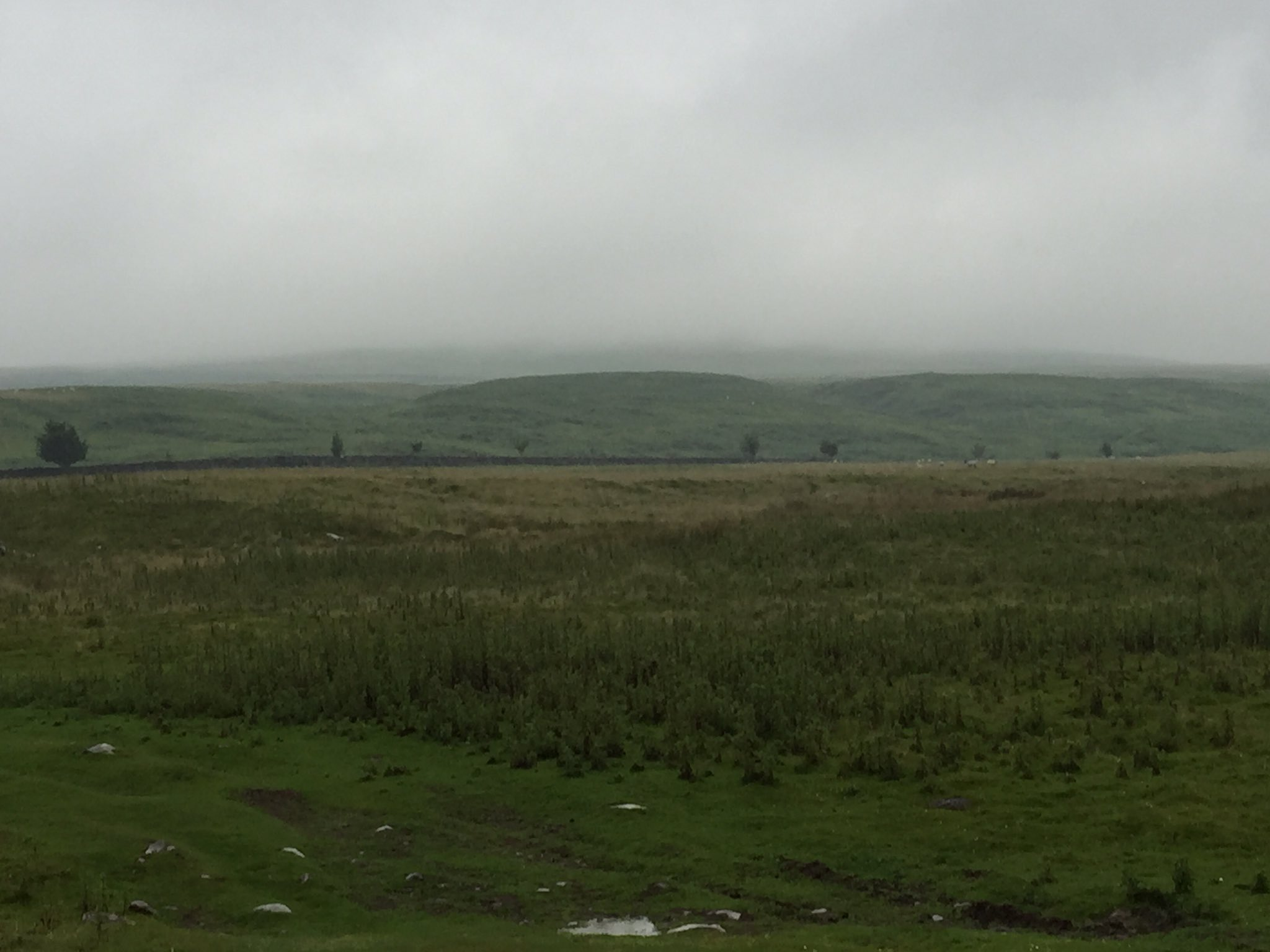 Start Day 2 of Bowes Loop. Middleton in Teesdale. Bleak. Pissisting in down. #ukrunchat #runchat #pennineway https://t.co/KxfECLA0rq