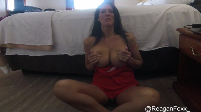 Just made a sale! JOI & Dirty Talk. Get yours here https://t.co/yskYzXH558 @manyvids #MVSales https://t