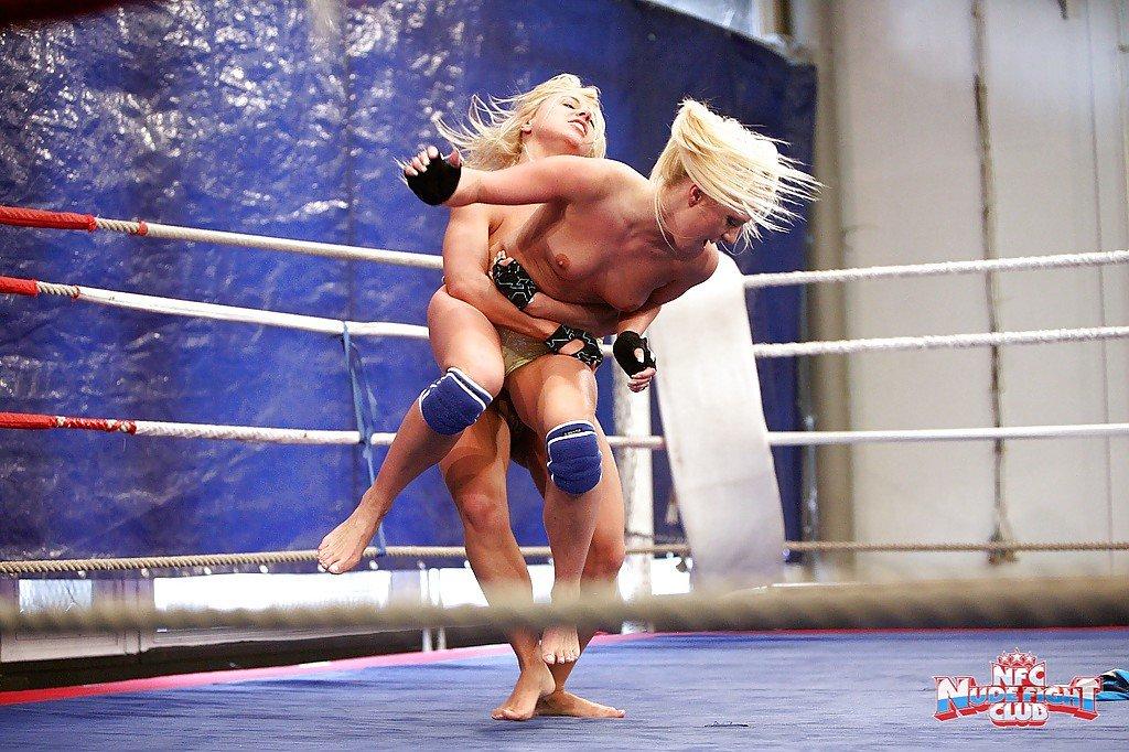 лесби бой на ринге-ка1