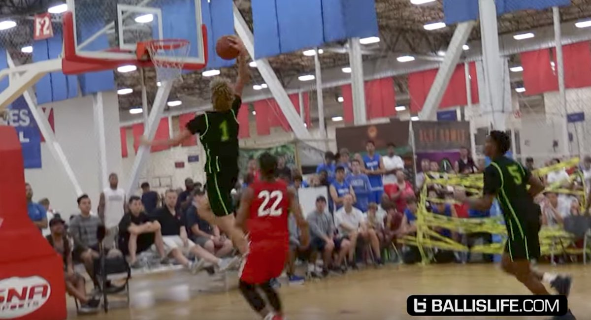 LaMelo Ball Draws Buzz by Throwing Down First In-Game Dunk