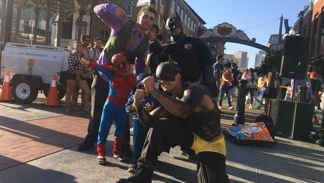Celebs, civic leaders converge on Convention Center for Comic-Con Day 3