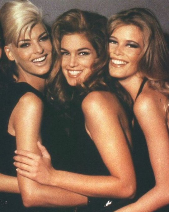 @cindycrawford: RT @MarcBeauty: Eye-Conic #Mood: Linda Evangelista, Cindy Crawford and Claudia Schiffer, 90s. Glambition Goals? #TheDressedEye https://t.co?