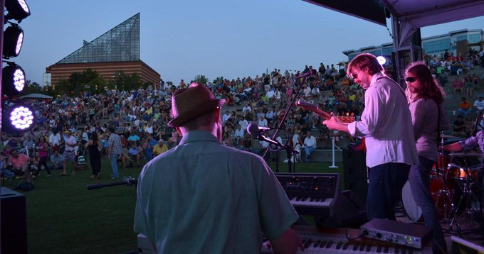 Free Riverfront Nights Music Series