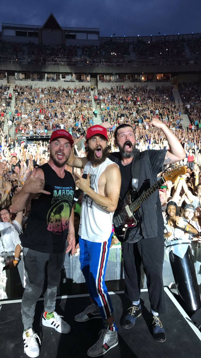 RT @30SECONDSTOMARS: THX, NEW YORK!!! https://t.co/A5YTSaHEGC