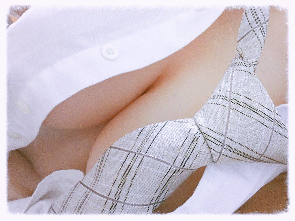 彼氏のシャツとネクタイヾ(๑╹◡╹)ノ