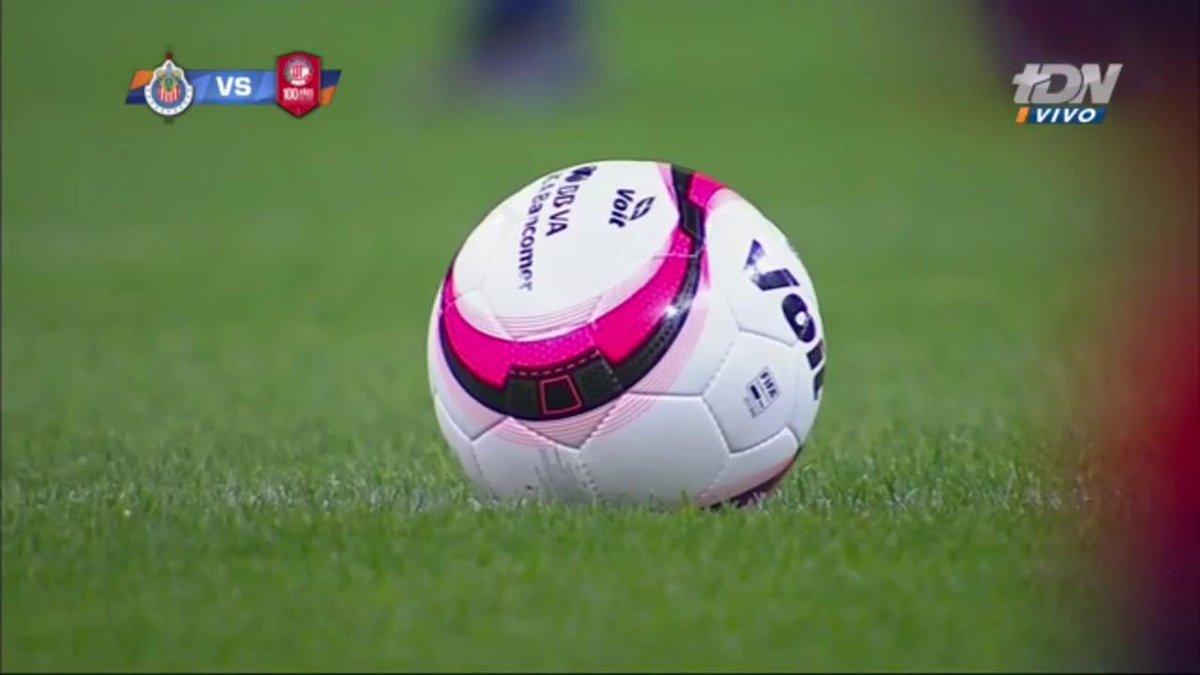 RT @TD_Deportes: #ChivasEnTDN ¡Rueda el balón en Guadalajara!  EN VIVO en @tdn_twit https://t.co/JU47YjQ8xa https://t.co/OxjiAsXwOT