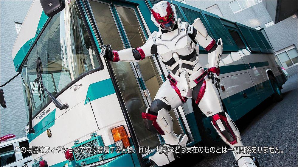 広報用のスーツを円谷プロがガチで作成して各種イベントに出動していましたが武蔵野警察署とのコラボイベント時の写真がこちらで
