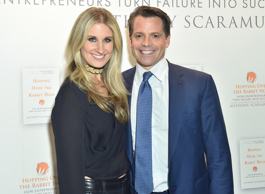 Anthony Scaramucci's wife filed for divorce from him when she was 9 months pregnant:report
