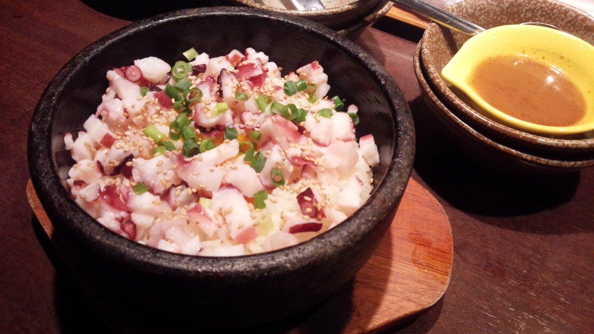 新メニューの北海たこの石焼丼〆に食べるのに丁度良い一品#怪獣酒場
