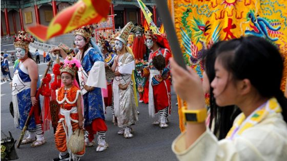 Taiwan's Taoists protest against curbs on incense and firecrackers