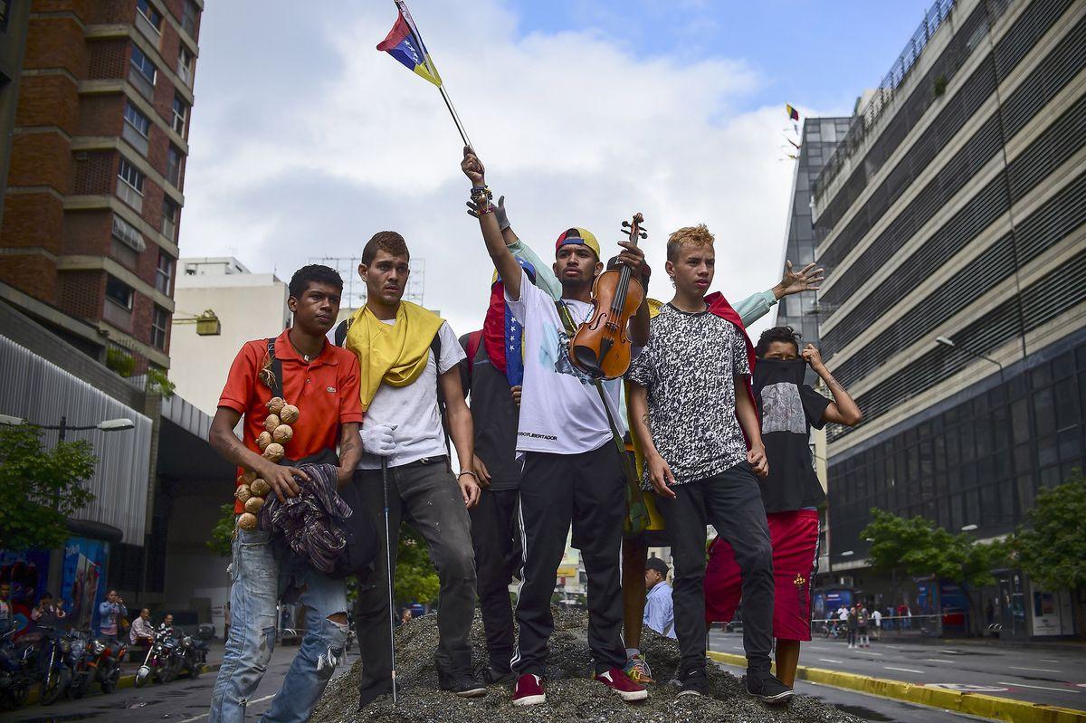 test Twitter Media - Venezuela opposition calls for 48-hour general strike this week https://t.co/0H33cBhAbG https://t.co/trVLmFW1Bl