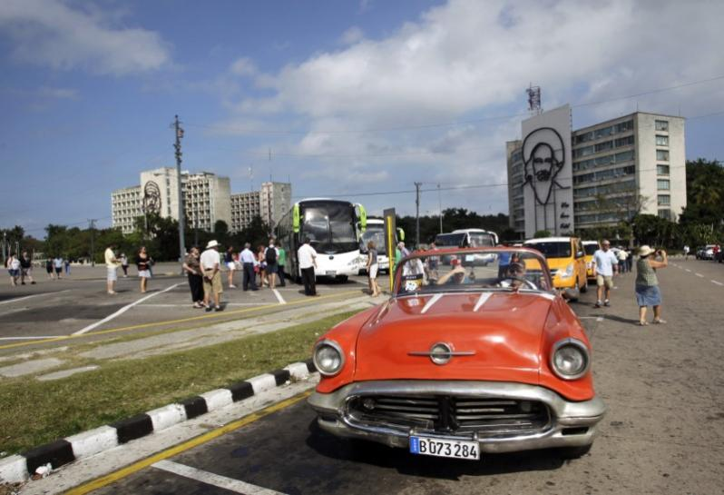 U.S. Cuba tour operators gird for Trump travel crackdown