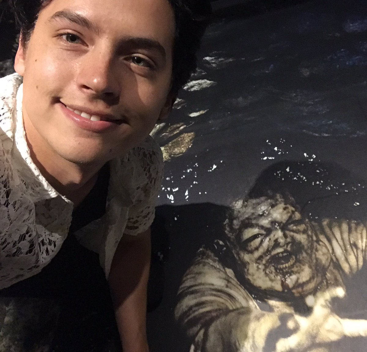 RT @colesprouse: Who's more dead inside, retweet if it's me. https://t.co/e4gczvuxeH