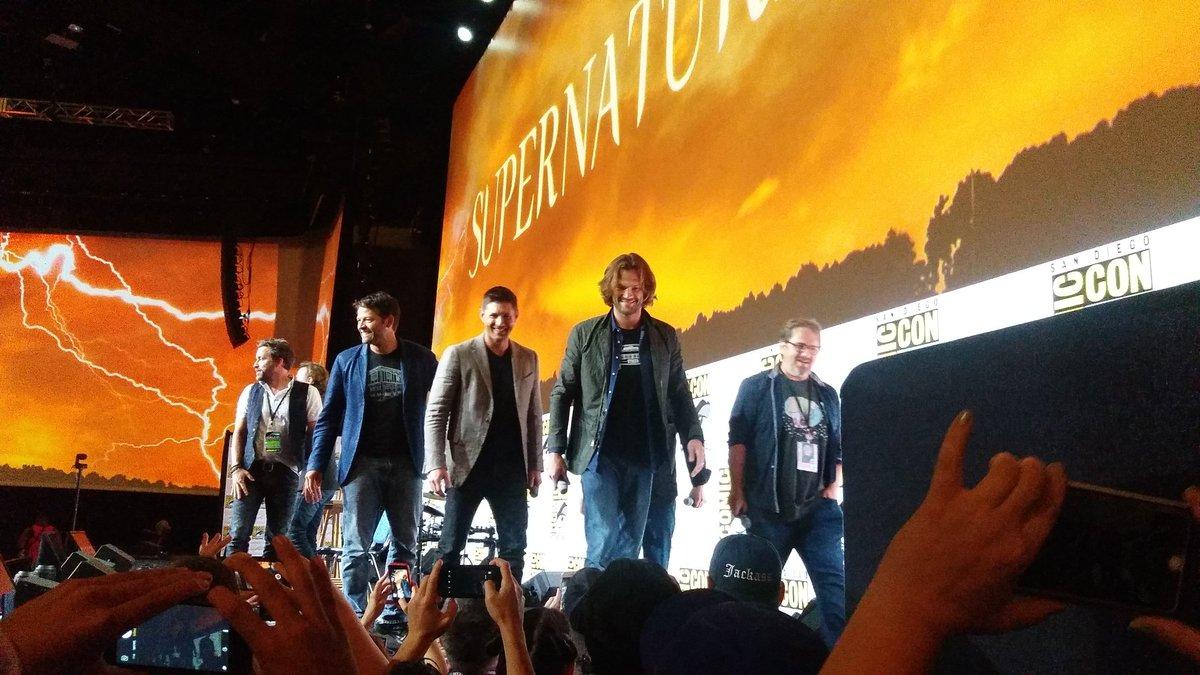 RT @nerdwrldprblms: Hello boys. #SupernaturalSDCC #wbsdcc https://t.co/DrNyHEUEyN