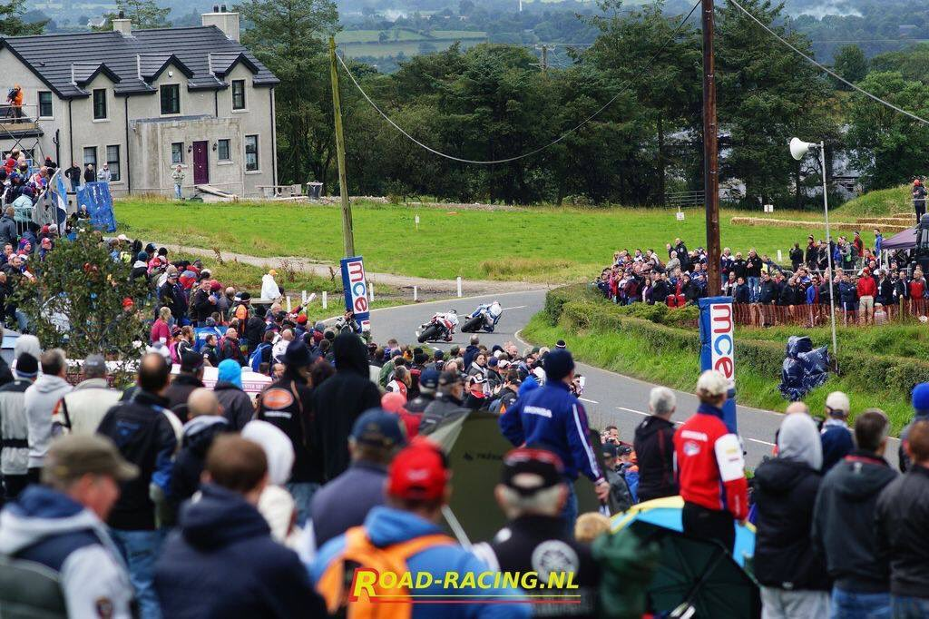 test Twitter Media - Two great angles of the one iconic final corner! @tweethutchy leading Bruce Anstey into Dawson's last year. #MCEUGP #WorldsFastestRoadRace https://t.co/XOzPUV2qUo