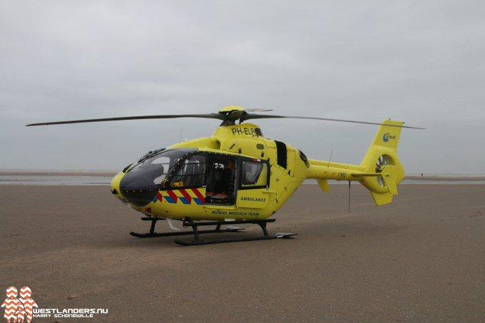 Traumahelikopter naar slag Beukel https://t.co/SUCLiUgOHm https://t.co/WnUixznt3q