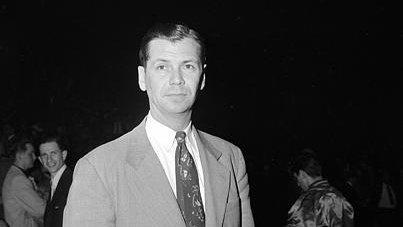 Basketball Hall of Famer John Kundla dies at 101