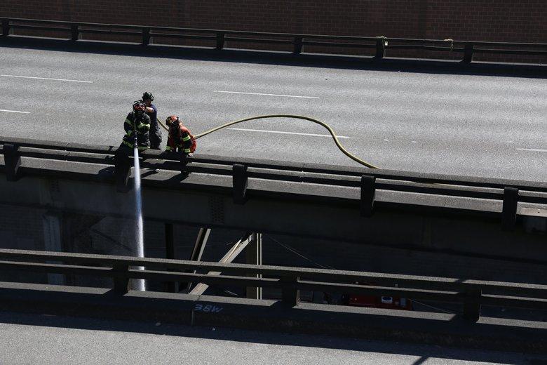 Smoky fire clogs Battery Street tunnel and Alaskan Way Viaduct