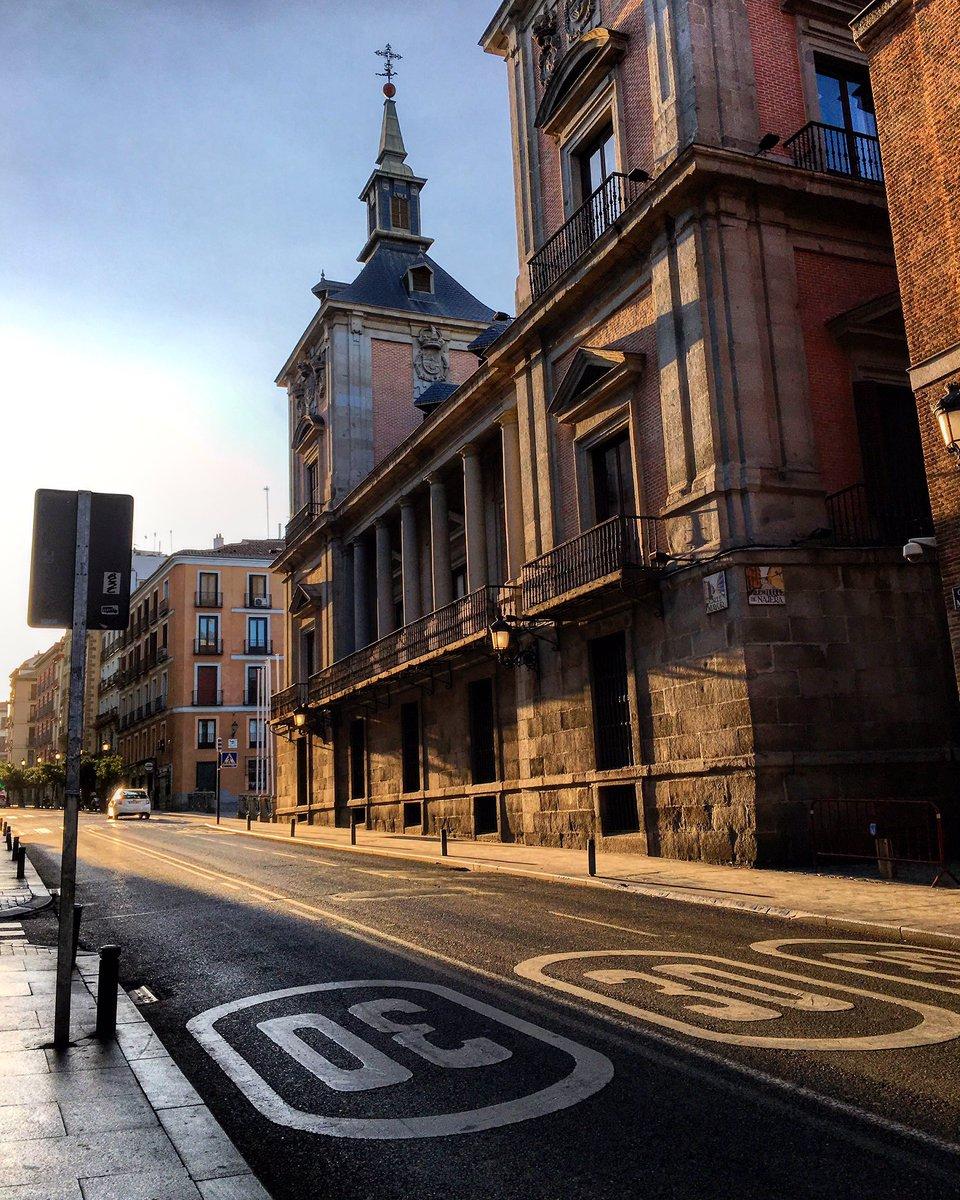 Buenos días! Última semana antes de empezar las VACACIONES 😍🙈 #madrid #felizlunes