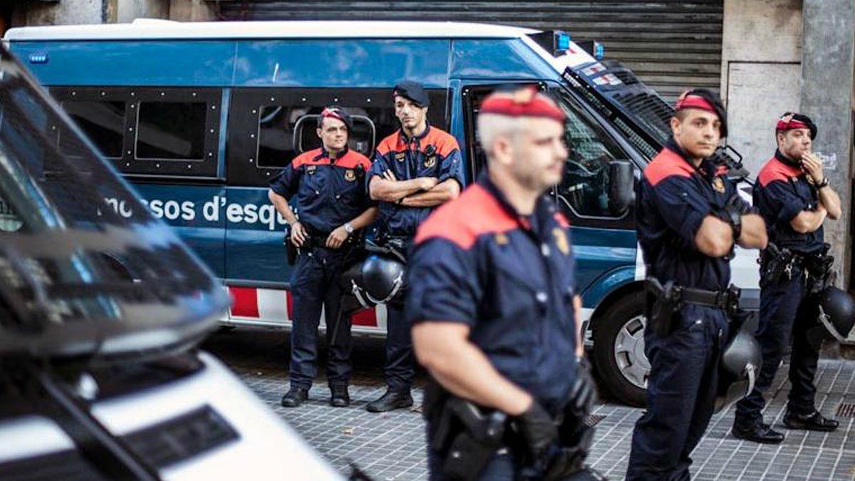 Es normal que un 🚗 atropelle  mossos