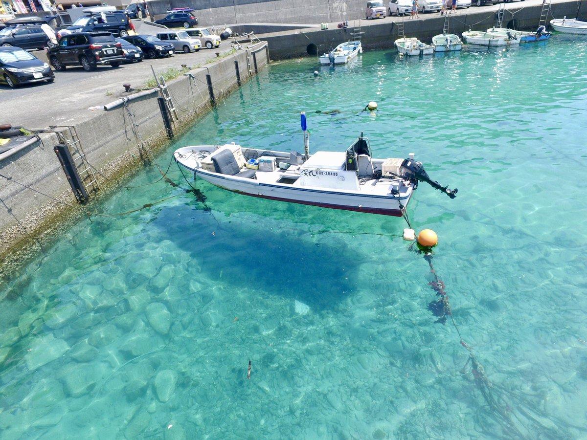 もちろん最近話題の柏島にも行ってきました(この日がちょうど唐津の花火の日です笑)到着後第一声は「ほんとに船浮いてる!!」