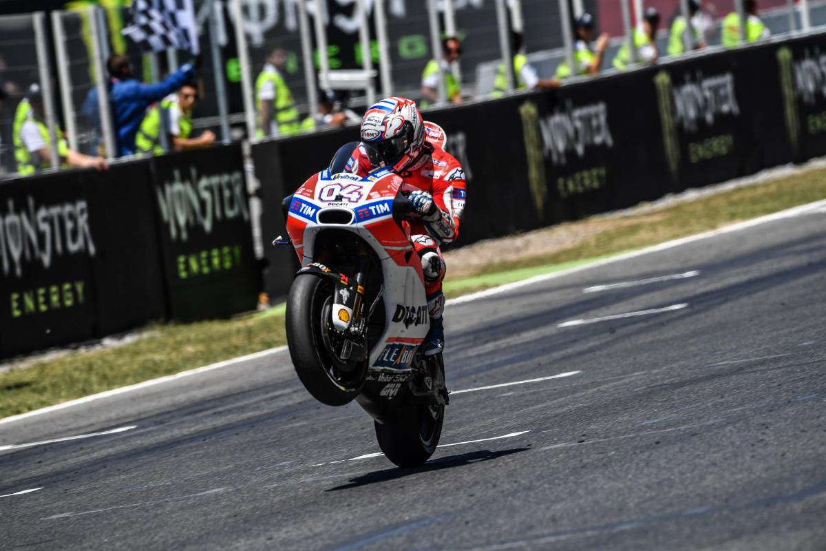 test Twitter Media - GP Recap: A double for @AndreaDovizioso at the #CatalanGP  All the best videos: 🎥 https://t.co/IR1JuU0VPw https://t.co/ljRe8delQm