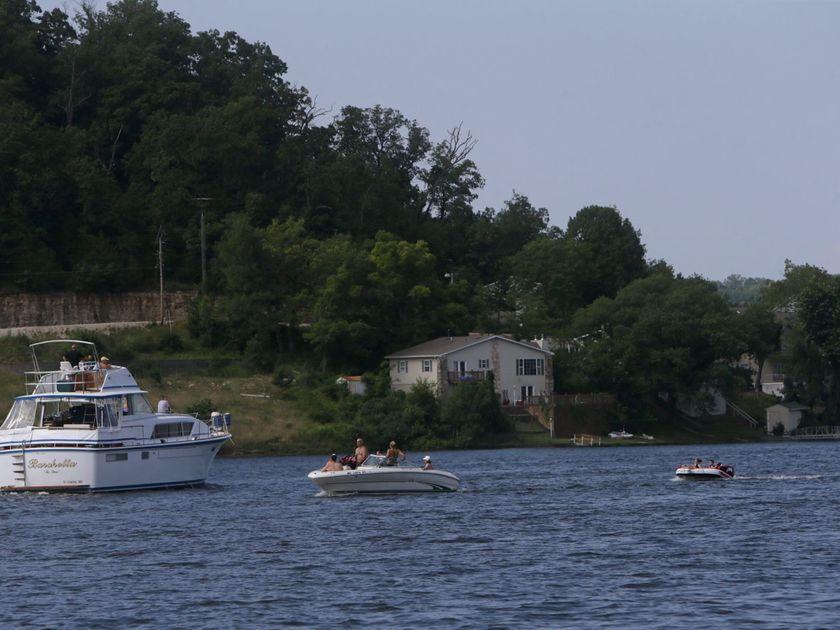Boat, wave runner crash at Lake of the Ozarks injures 7