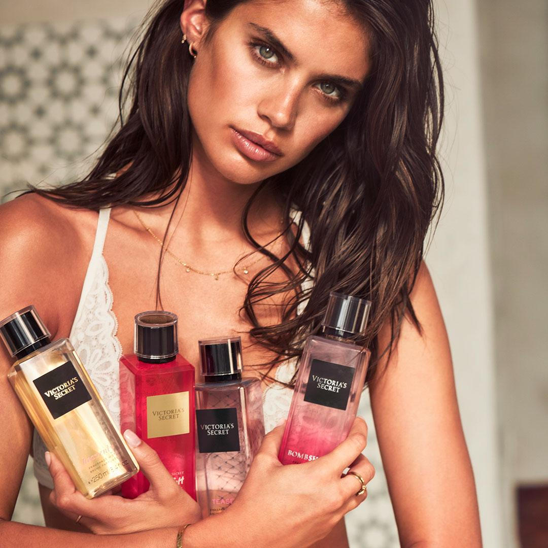 LAST CALL: stock up on fragrance mists for $10 & minis for $5! ???????? only. https://t.co/exaCaK8WVo https://t.co/4T2uxJoDRL