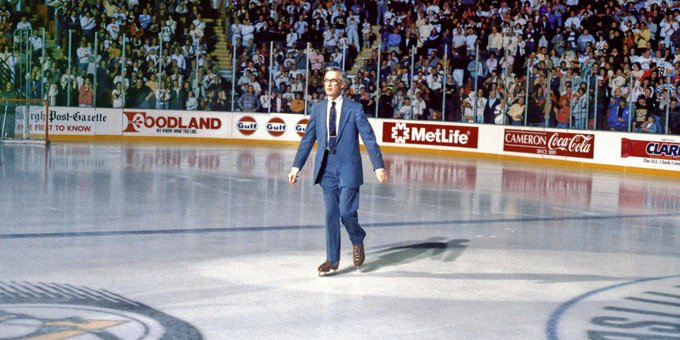 @OMGFacts: The Pittsburgh Penguins made Mister Rogers an honorary captain in 1991. https://t.co/BzhCfy3mhH