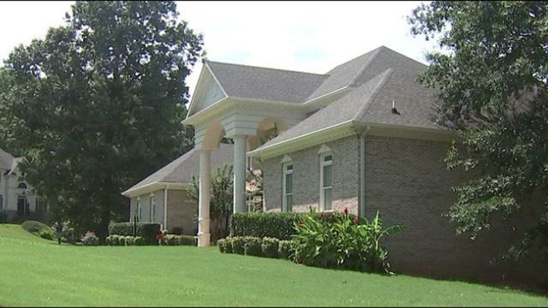 DeKalb homeowner won't face charges after fatally shooting intruder