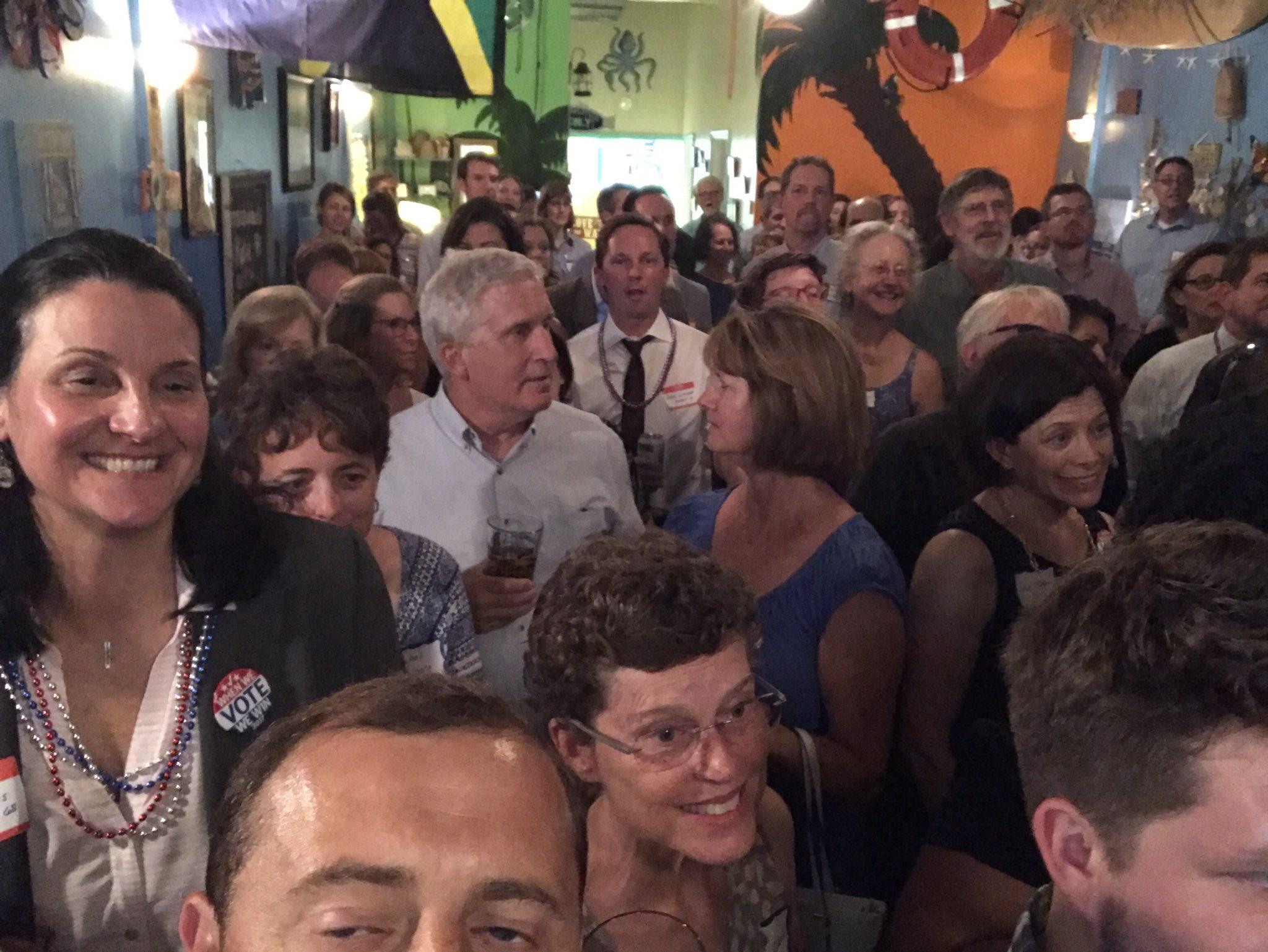 Massive crowd out to flip VA tonight! https://t.co/o7MQRPETuI https://t.co/WJuuyFxdJn