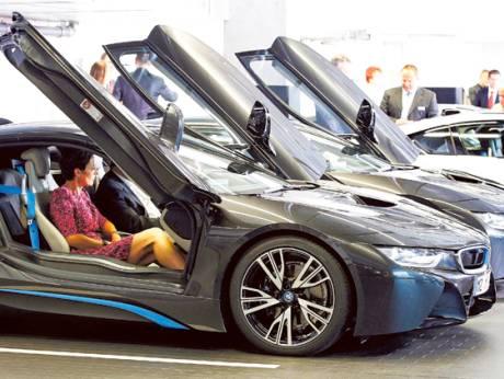 BMW denies diesel cheating as EU, Germany probe auto cartel