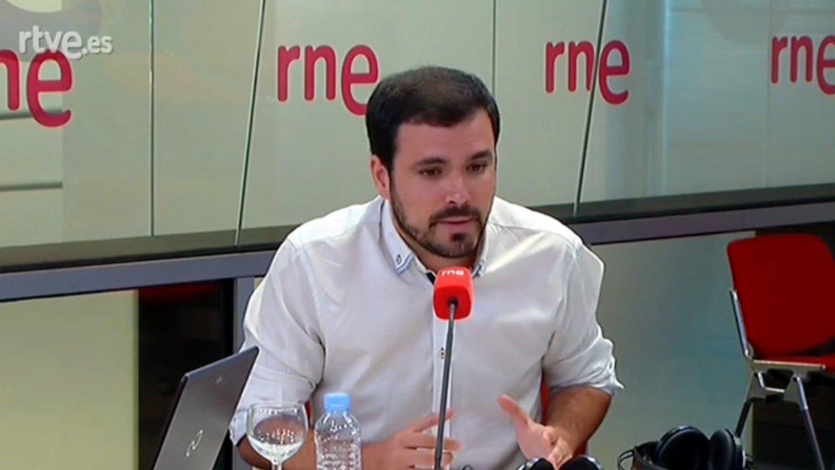 La hipócrita defensa de la C.E. del PP no hace sino agravar el problema en Catalunya. Diálogo y referéndum útil.