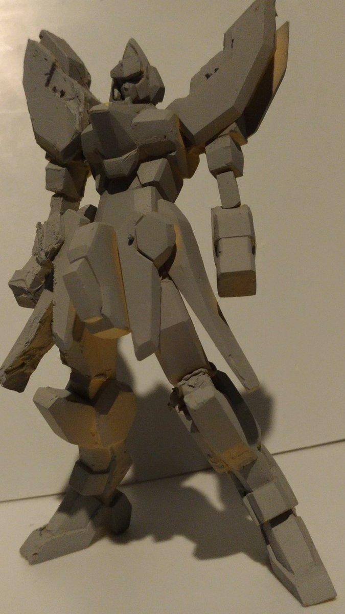 ワンフェス参加します。スーパーロボット大戦ogムーンデュエラーズのソウルセイバーです。今回時間がなくて、展示のみとなりま