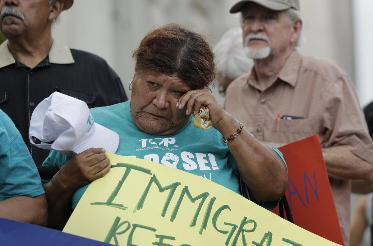 'Sanctuary cities' lure migrants to U.S