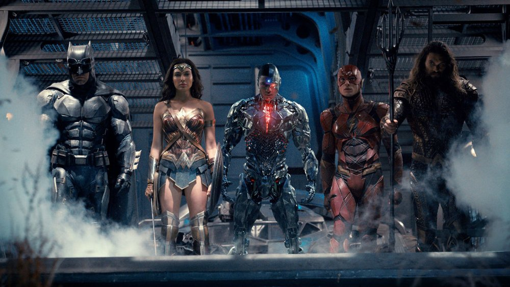 JusticeLeague's extensive and expensive reshoots are causing headaches ...