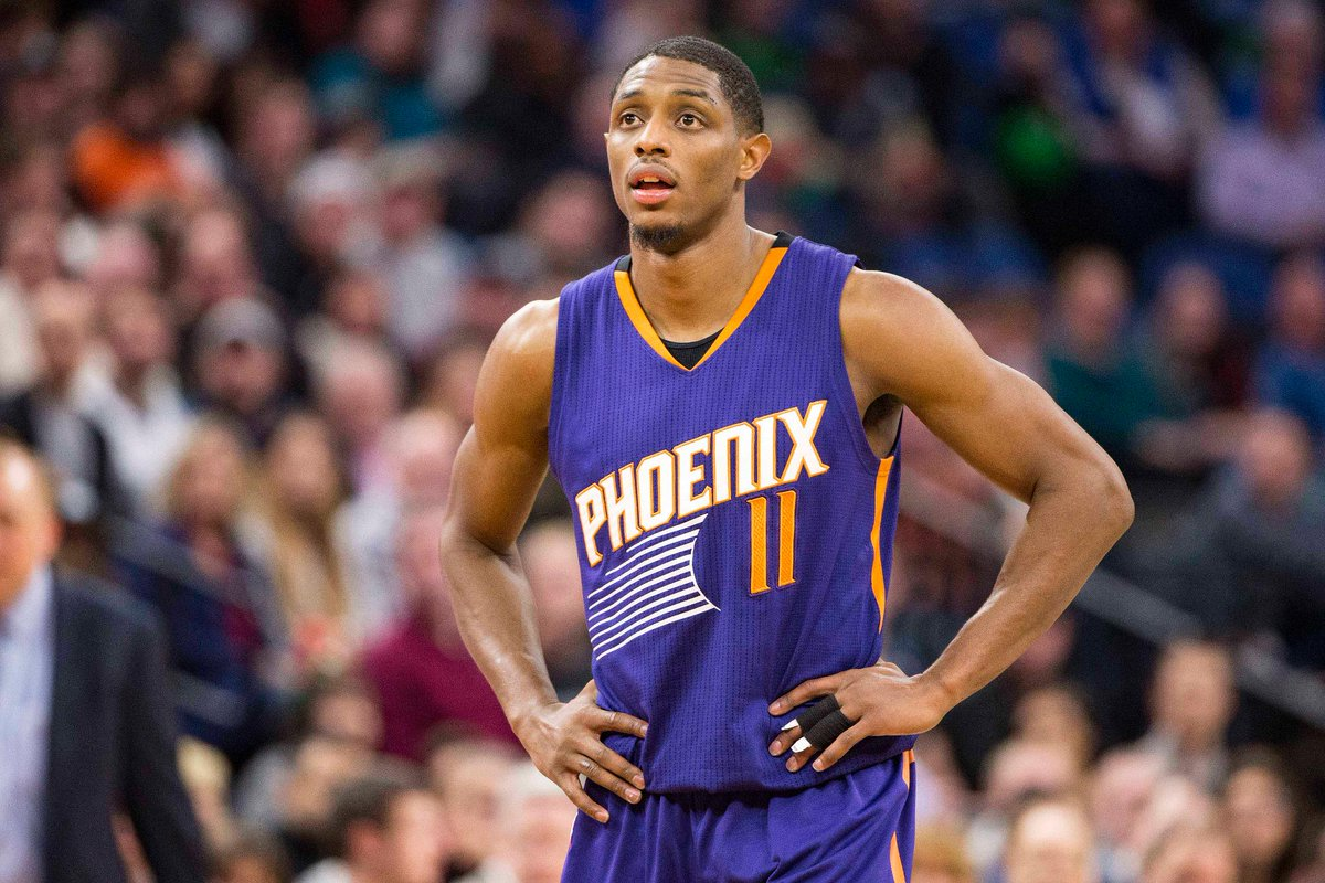 Suns' Brandon Knight tears ACL, expected to miss 2017-18 seasonMORE