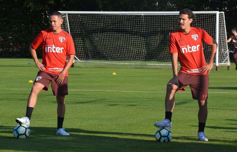 Integrados, @hernanes e Marcos Guilherme se destacam no primeiro treino com o grupo