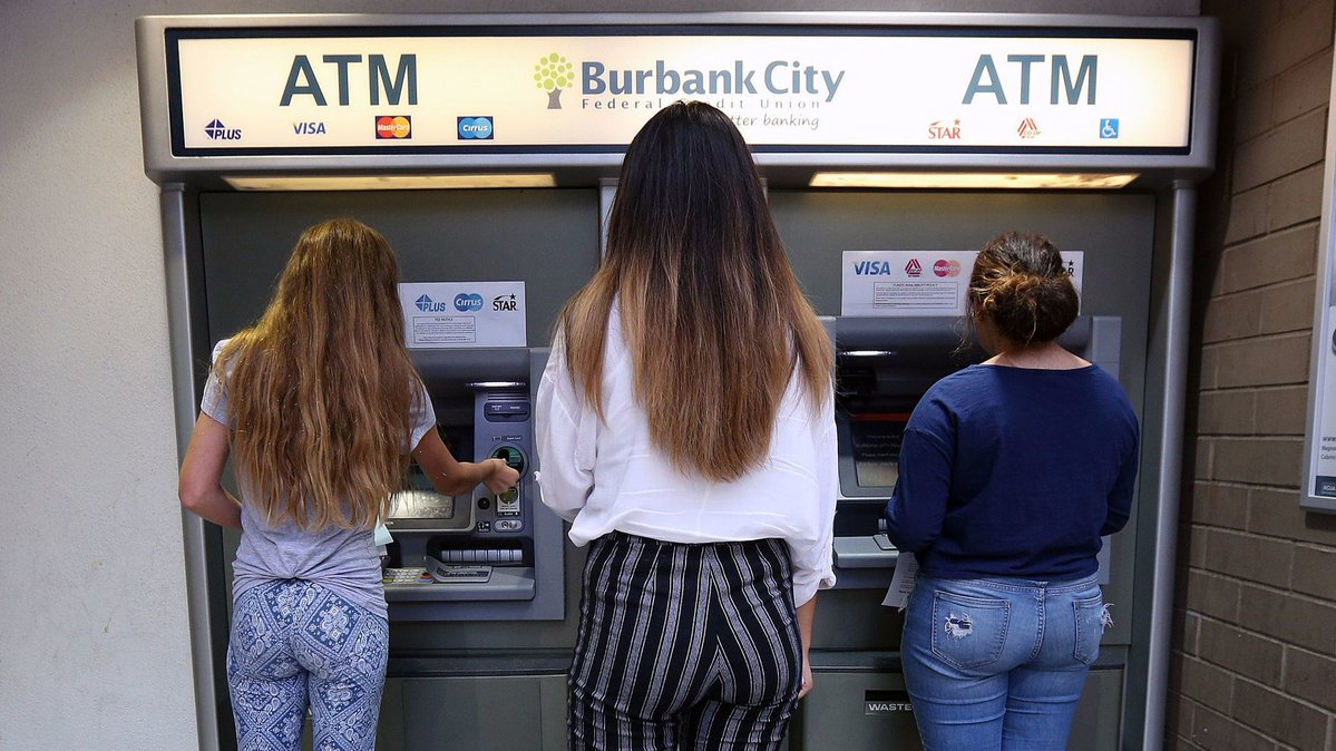 Area high school students learn financial responsibility through Burbank City Federal Credit Union