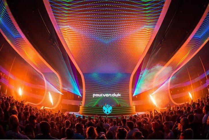 #Tomorrowland https://t.co/RMJ90RKqxj
