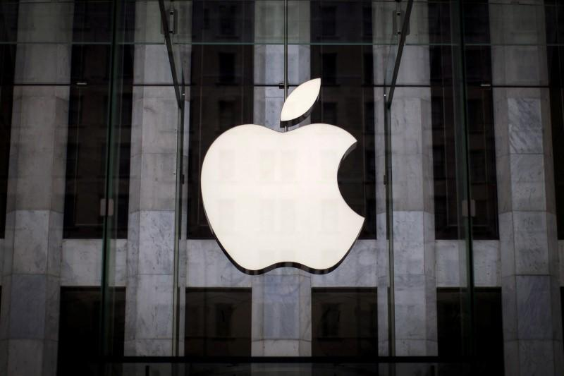 Apple ordered to pay $506 million to university in patent dispute