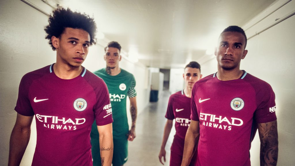 Camisa Away do Manchester City para a temporada 17/18.
